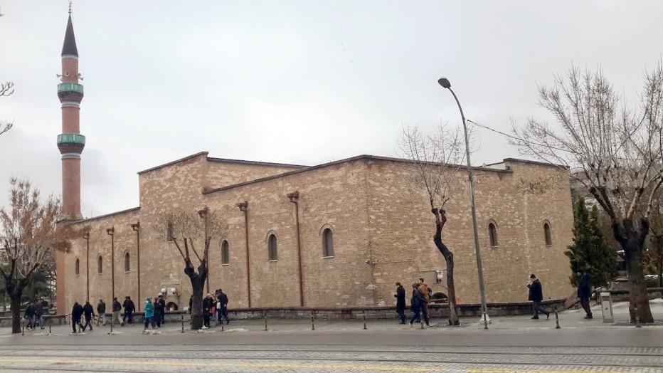 İplikçi Camii Efsanesi